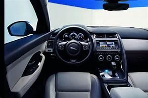 Jaguar 4x4 Prix : prix jaguar e pace 2017 le suv jaguar partir de 35 700 photo 5 l 39 argus ~ Gottalentnigeria.com Avis de Voitures