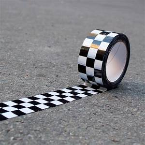 Karomuster Schwarz Weiß : checker tape klebeband karomuster schwarz wei 66m klebeband deko verkauf licht ~ Watch28wear.com Haus und Dekorationen
