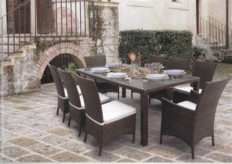 tavolino rattan da giardino