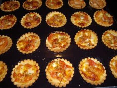 recette boursin cuisine ail et fines herbes minis tartelettes salées les recettes de la cuisine de asmaa