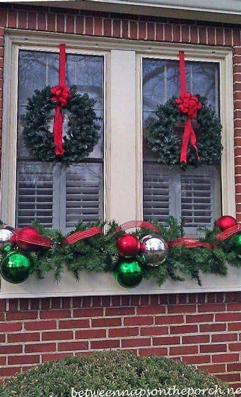 best 25 christmas window decorations ideas on pinterest