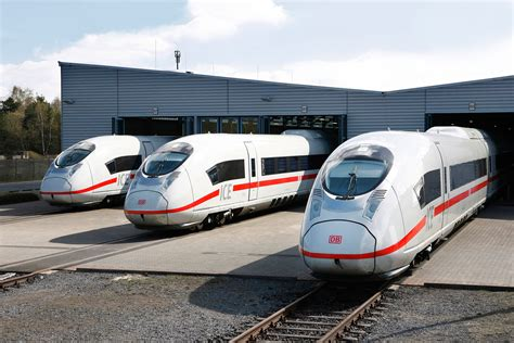 siemens siege velaro d high speed trains at the siemens test track