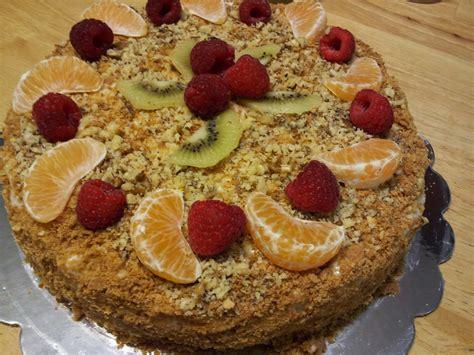 "Use less cream, so the cake is. Picnic At Marina: Cake ""Napoleon"""