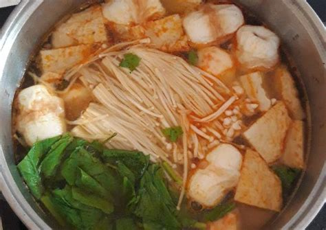 Demikian resep tomyam seafood yang bisa kami sajikan. Resep Steamboat Kuah Tomyam oleh Netty - Cookpad