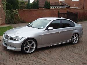 Bmw 320d 2005 : bmw 3 series 320d 2005 auto images and specification ~ Medecine-chirurgie-esthetiques.com Avis de Voitures