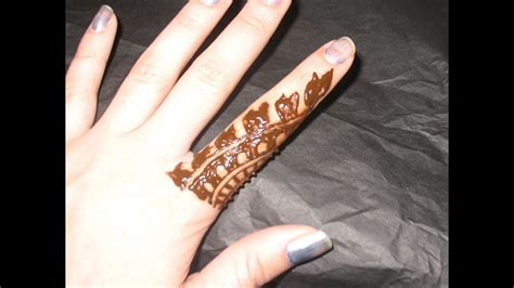 Simple Henna Designs For Fingers 1