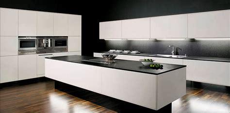 cuisine granit noir plan de cuisine en granit cuisine awesome plan de