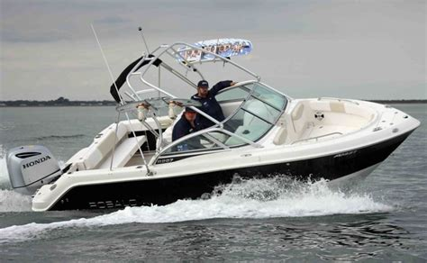 Best Bowrider Boats For The Money 2017 by New Robalo 227 Crossover Bowrider Trailer Boats Boats
