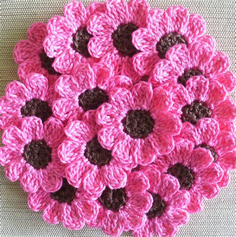 crochet flower pink crochet flowers daisies 16 small handmade appliques candy pink brown on luulla