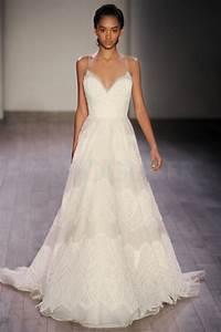 robe de mariee decollete dentelle idees et d39inspiration With robe de mariée décolleté dos