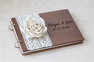 Rose Aus Holz : g stebuch hochzeit aus holz mit gravur spitzen rose ~ Eleganceandgraceweddings.com Haus und Dekorationen
