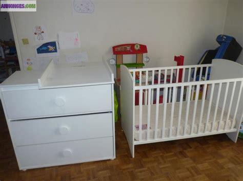 moisissure chambre bébé chambre bébé lit matelas commode