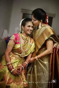 traditional south indian bride wearing bridal saree ...