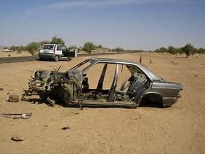 Carcasse De Voiture : blog de aventurouest page 9 r cit de l 39 quipe ouest de l 39 association aventur 39 aides pour l ~ Melissatoandfro.com Idées de Décoration
