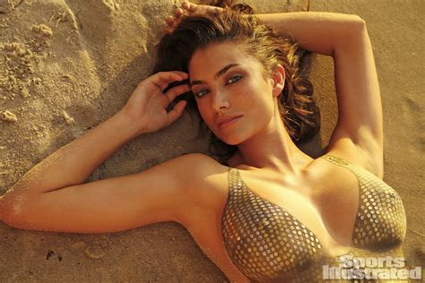 Model Lauren Mellors Behind The Scenes