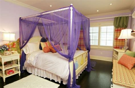 how to decorate a canopy bed cool bed canopy ideas for modern bedroom decor