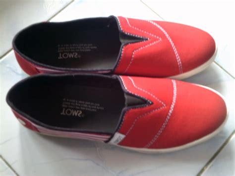sepatu toms harga grosir murah grosir sandal sepatu murah