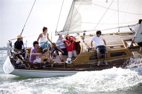cyan classic yacht association  australia