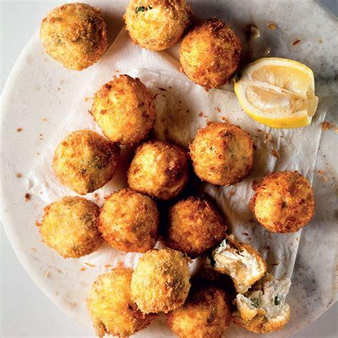 crispy artichoke fritters recipe  images