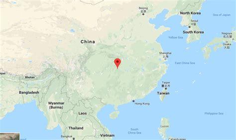 electronic fence frozen waterfalls on tianmen mountain best