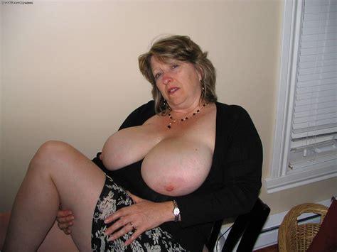 The F F Back Chubby Door Granny Swallow Stella