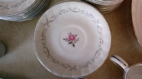 royal swirl fine china  piece japan artifact collectors