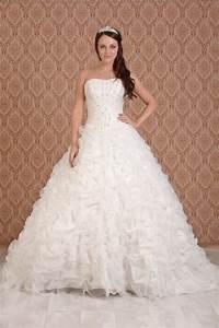 princess wedding dresses dressed up girl With princess style wedding dresses