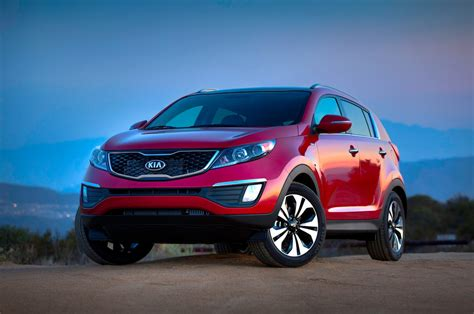 2013 kia sportage reviews research sportage prices specs motortrend