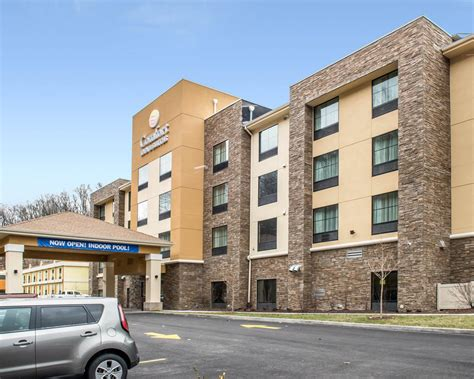 comfort inn pittsburgh comfort inn suites in pittsburgh pa 412 343 0