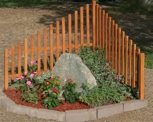 corner fence landscaping 25 best ideas about corner landscaping on pinterest front yard landscaping side yard