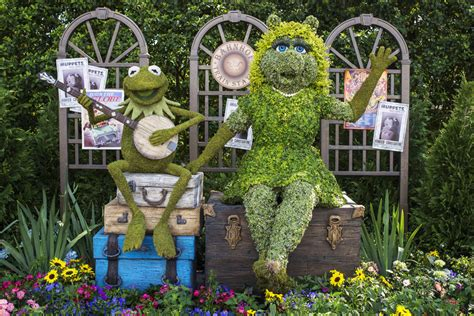 muppets celebrate their new epcot international