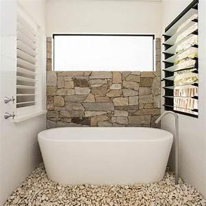 Revetement Mural Salle De Bain : parement pierre salle de bain 35 exemples magnifiques ~ Edinachiropracticcenter.com Idées de Décoration