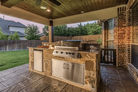 small outdoor kitchen texas custom patios