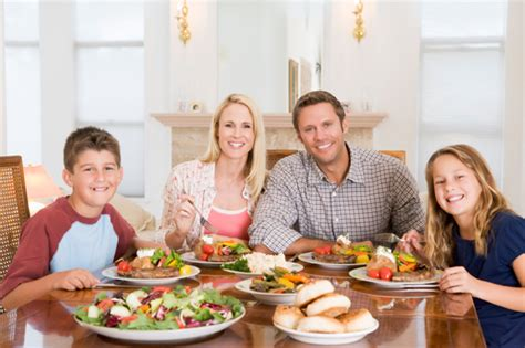 creating a family meal time