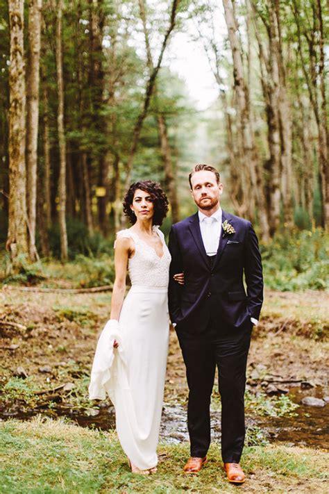 lovely wedding full of love and rain
