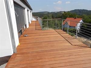 Wpc Dielen Auf Balkon Verlegen : terrassen balkone holzbau peichl ~ Markanthonyermac.com Haus und Dekorationen