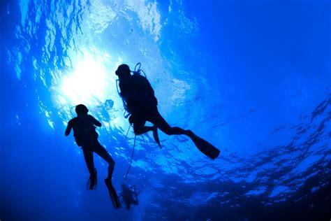 Underwater Dive - scuba diving diver sea underwater wallpaper