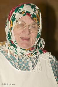 Frau Im Bild : bild frau ukraine kopftuch i bildarchiv rolf hicker ~ Eleganceandgraceweddings.com Haus und Dekorationen