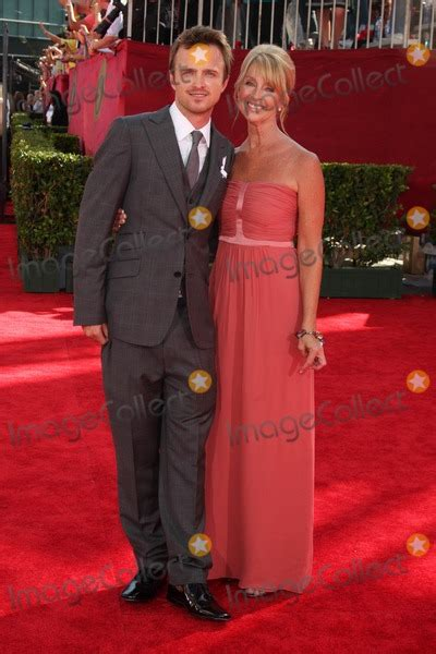 aaron paul mother photos and pictures aaron paul mother arriving at the