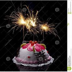 Torte Mit Brennenden Kerzen Stockfoto  Bild 13243268
