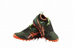 Chaussure Pour Aller Dans L Eau : asics lance la chaussure pour aller dans la boue ~ Melissatoandfro.com Idées de Décoration