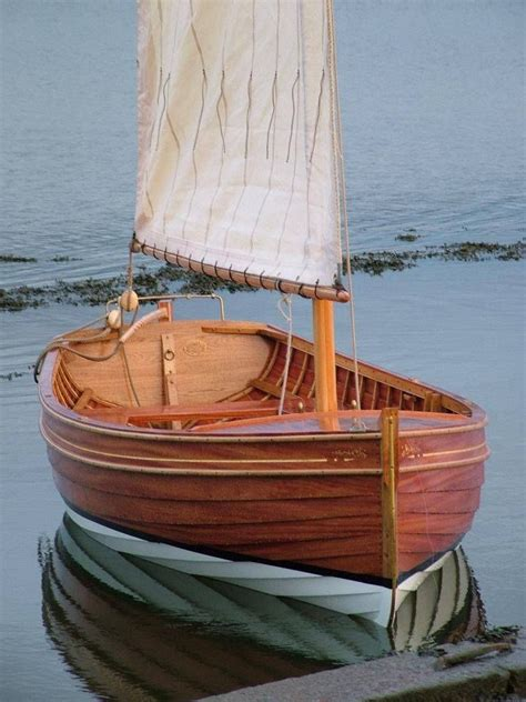 simple  beautiful boats boat wooden boat plans sailing dinghy