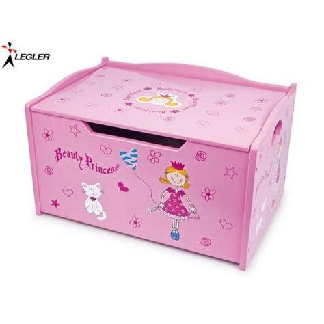 decorer un coffre a jouet les 25 meilleures id 233 es concernant coffre a jouet fille sur peignoir fille mobilier