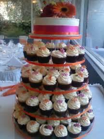 wedding cake and cupcakes cupcake wedding cakes are most popular groom cakes wedding cakes