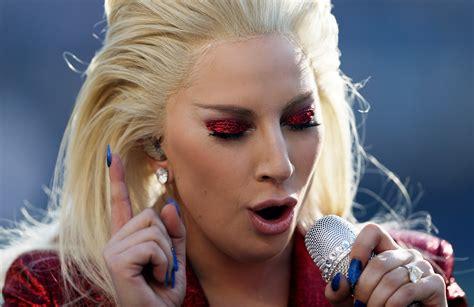 Watch Lady Gaga's Super Bowl 50 National Anthem Idolator