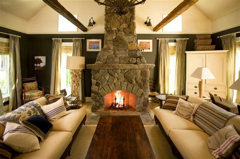 maeves  traditional cape farmhouse living room