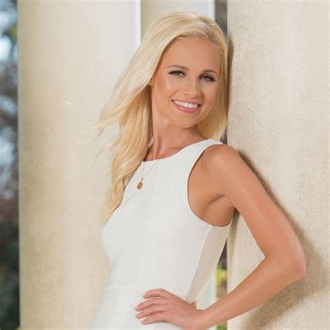 tomi lahren bio wiki biography age date  birth