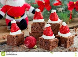Idee Dessert Noel : id e de dessert de brownie de chapeau de santa de no l ~ Melissatoandfro.com Idées de Décoration