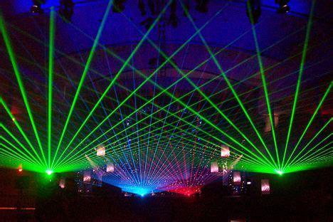 best laser lights dozens of ravers blinded at moscow by laser light