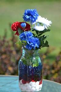 Easy, Red, White, And, Blue, Table, Decorations, On, A, Budget